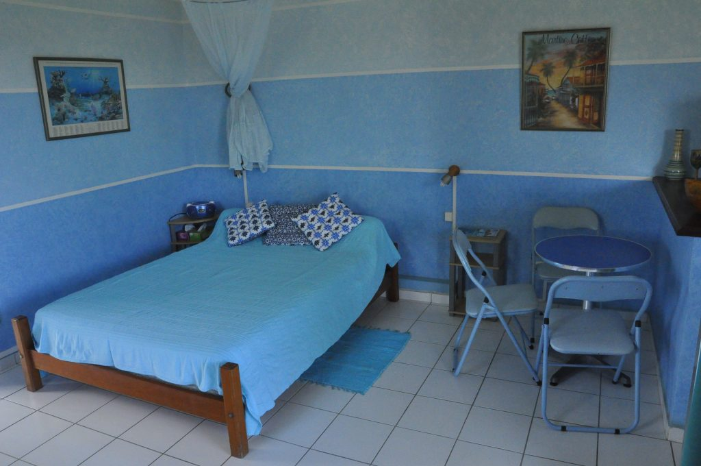 studio-bleu-lit-principal